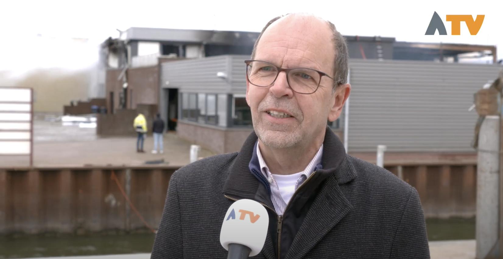 Loco-burgemeester Hans Tanis Werkendam over brand Hoogendoorn