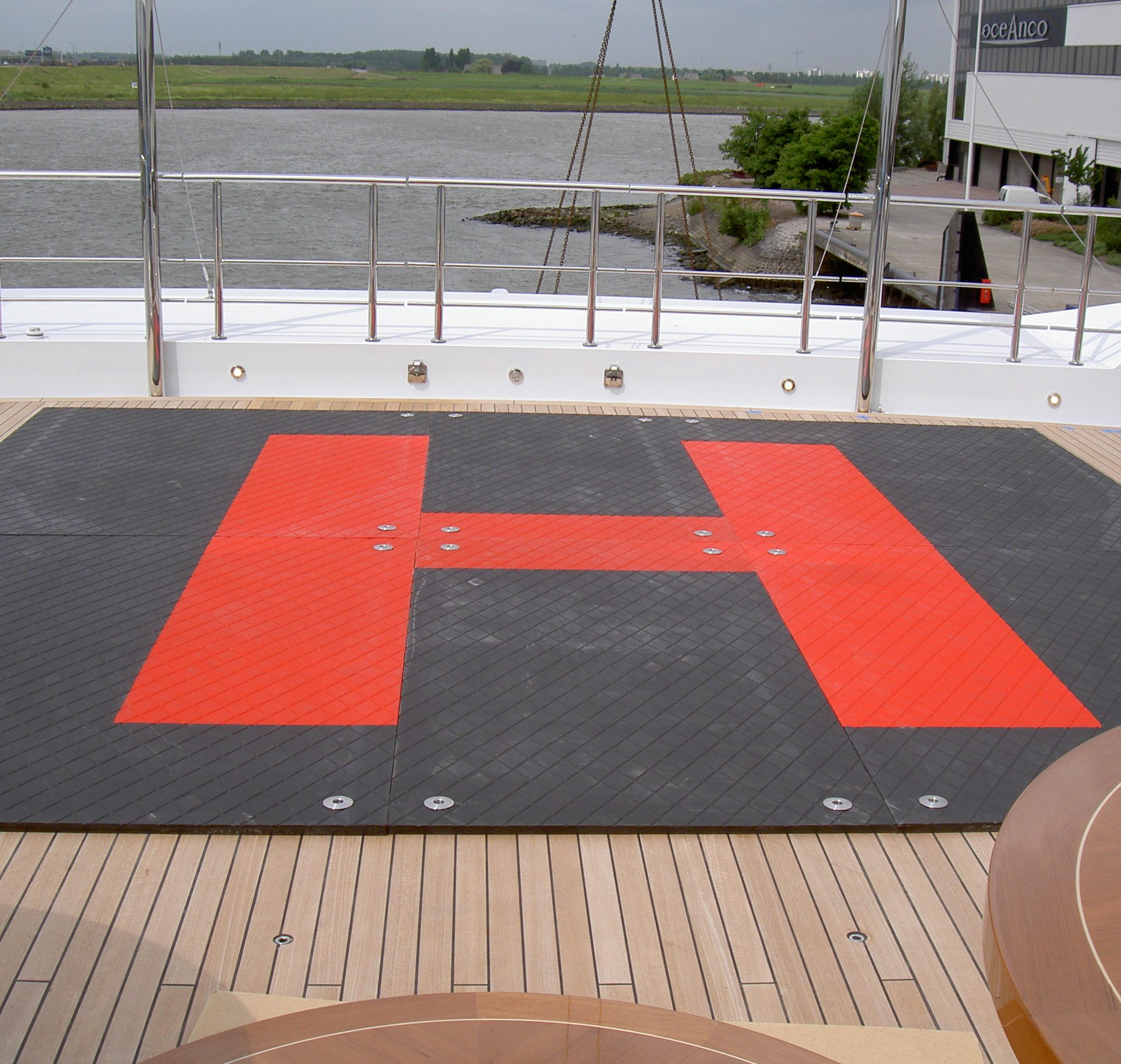 In veel van de ontwerpen komt de iconische 'H' terug (Foto PolyMX)