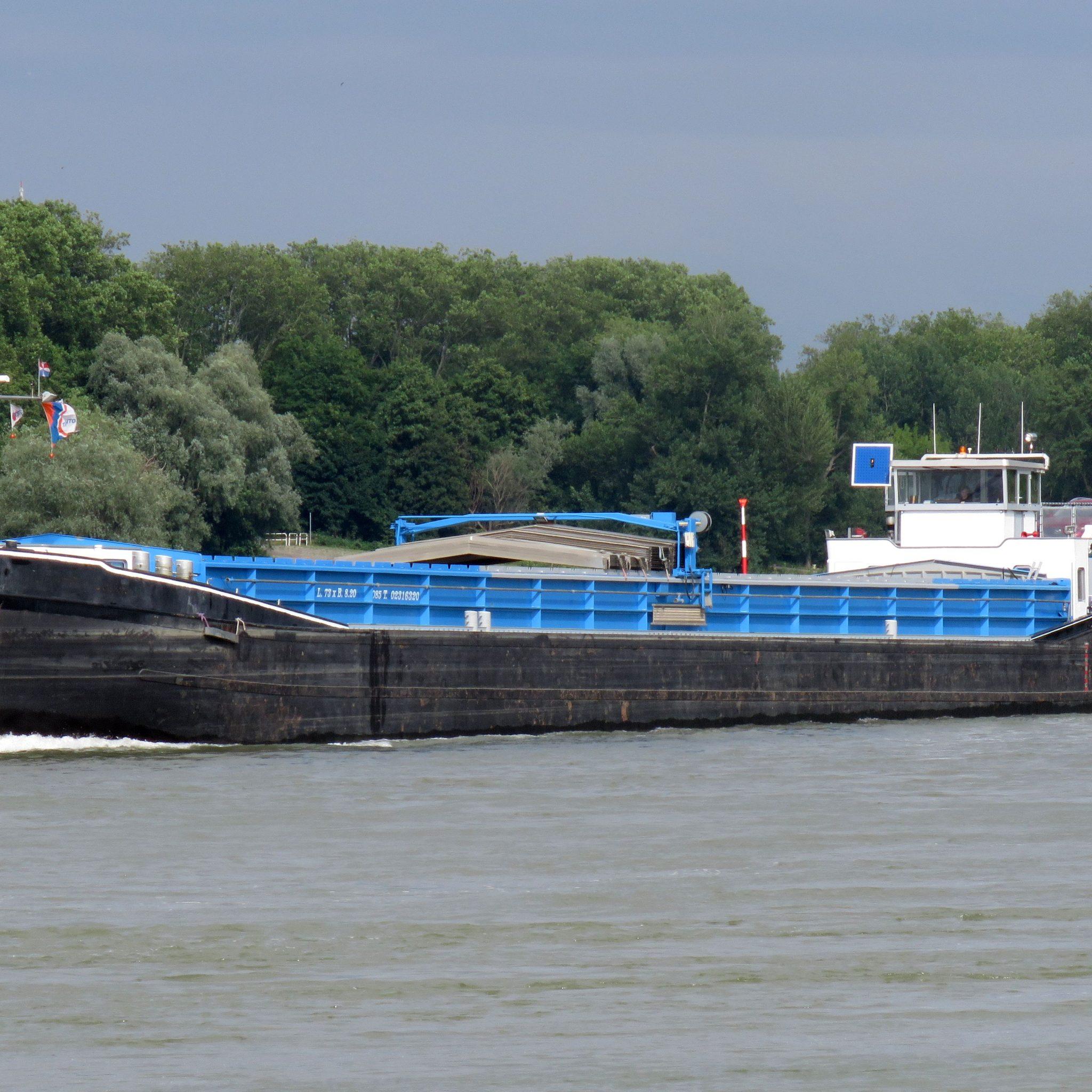 De Helena Cora is verkocht aan Lisem Shipping in Krimpen a/d IJssel. (Foto A. Träger)