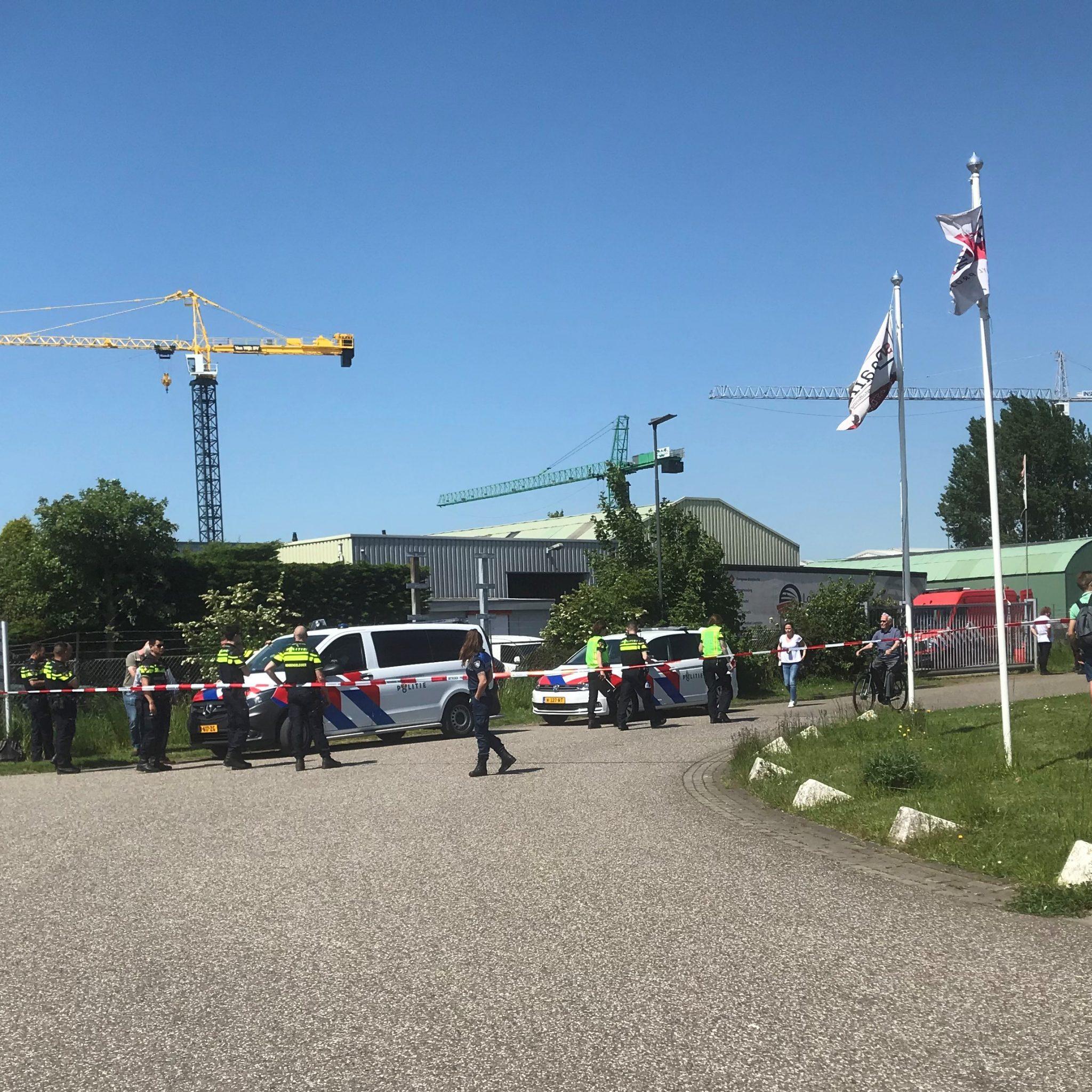 In het pand waar een drugslab werd ontdekt was eerder een autobedrijf gevestigd. (Foto Hannie Visser-Kieboom)