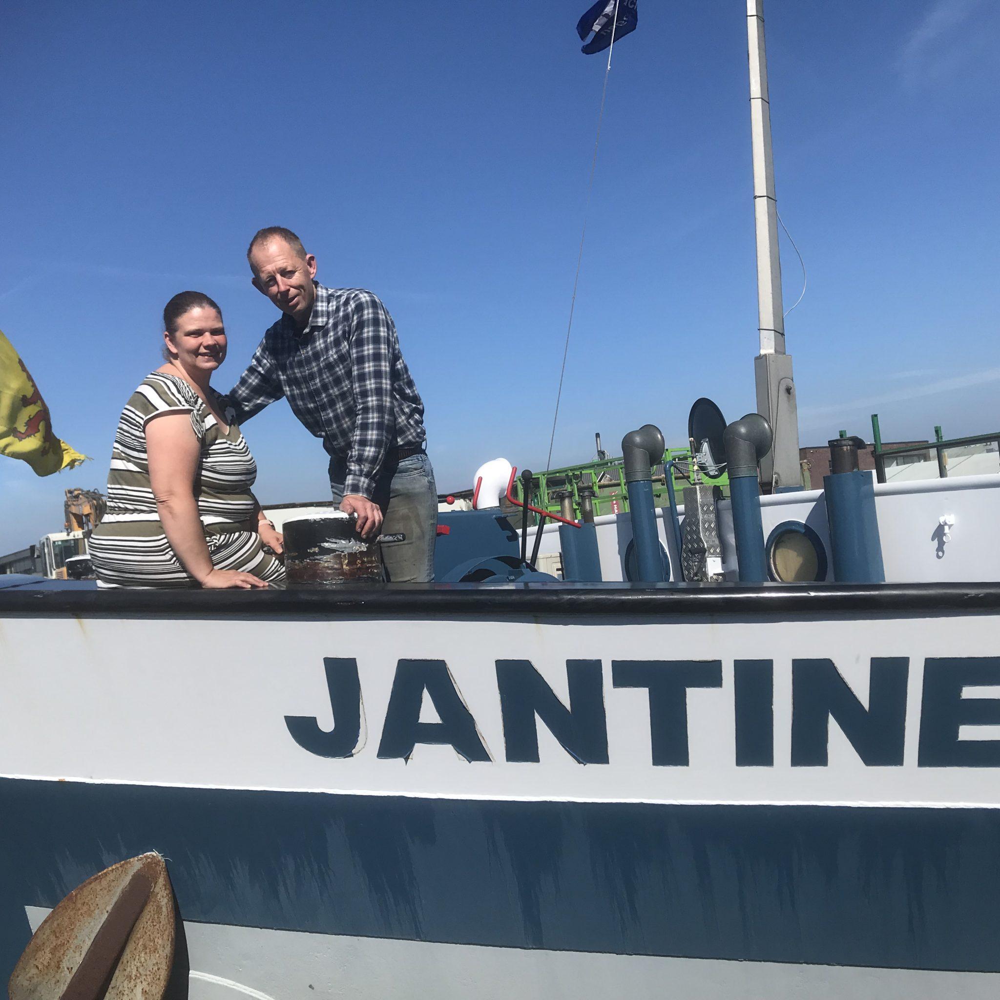 Jantine Sterrenburg zit sinds een paar maanden weer thuis, waar haar kinderen erg blij mee zijn. (Foto Hannie Visser-Kieboom)