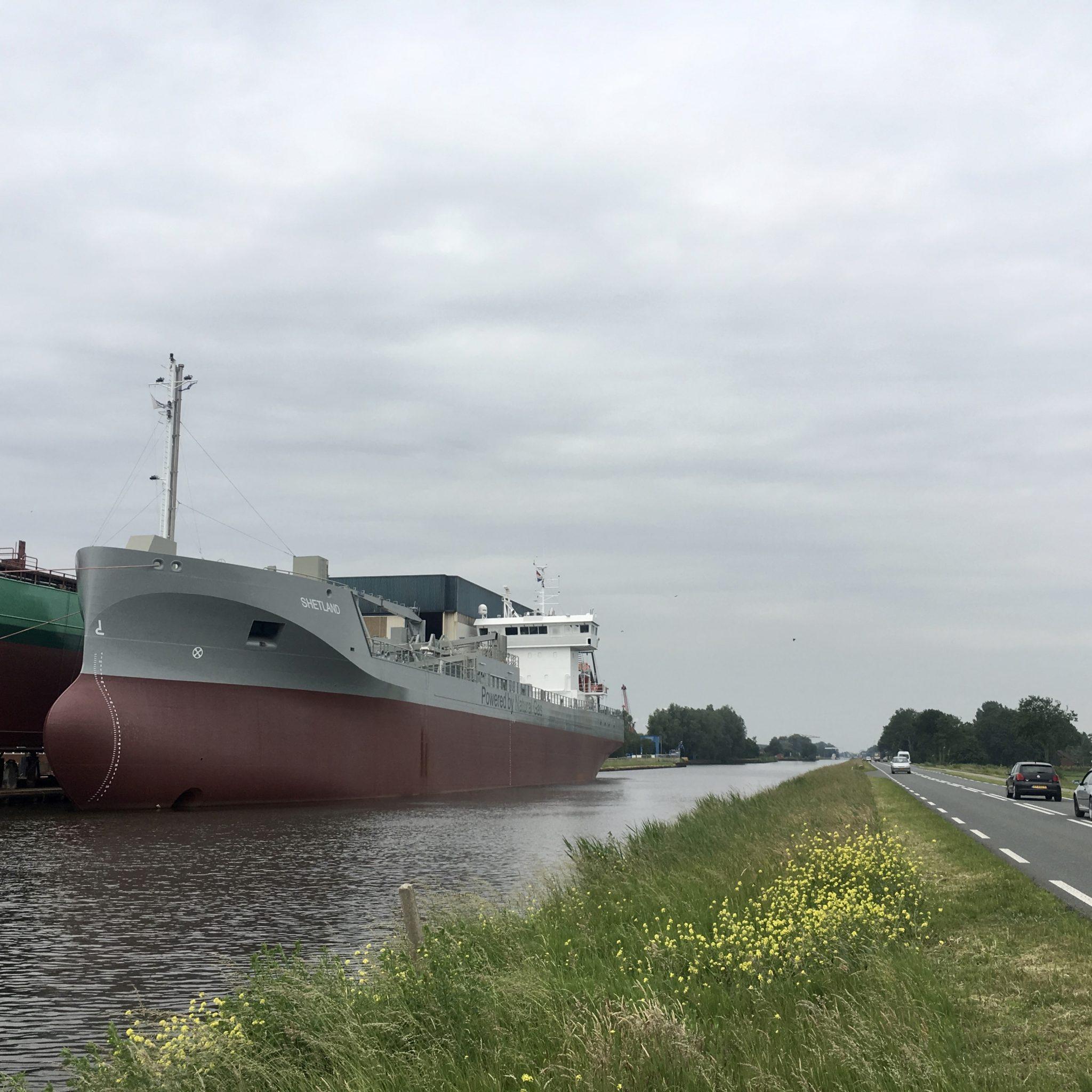Dankzij een trouwe klantenkring, lopen de schepen bij Ferus Smit gestadig van de helling. Foto's Loek Mulder