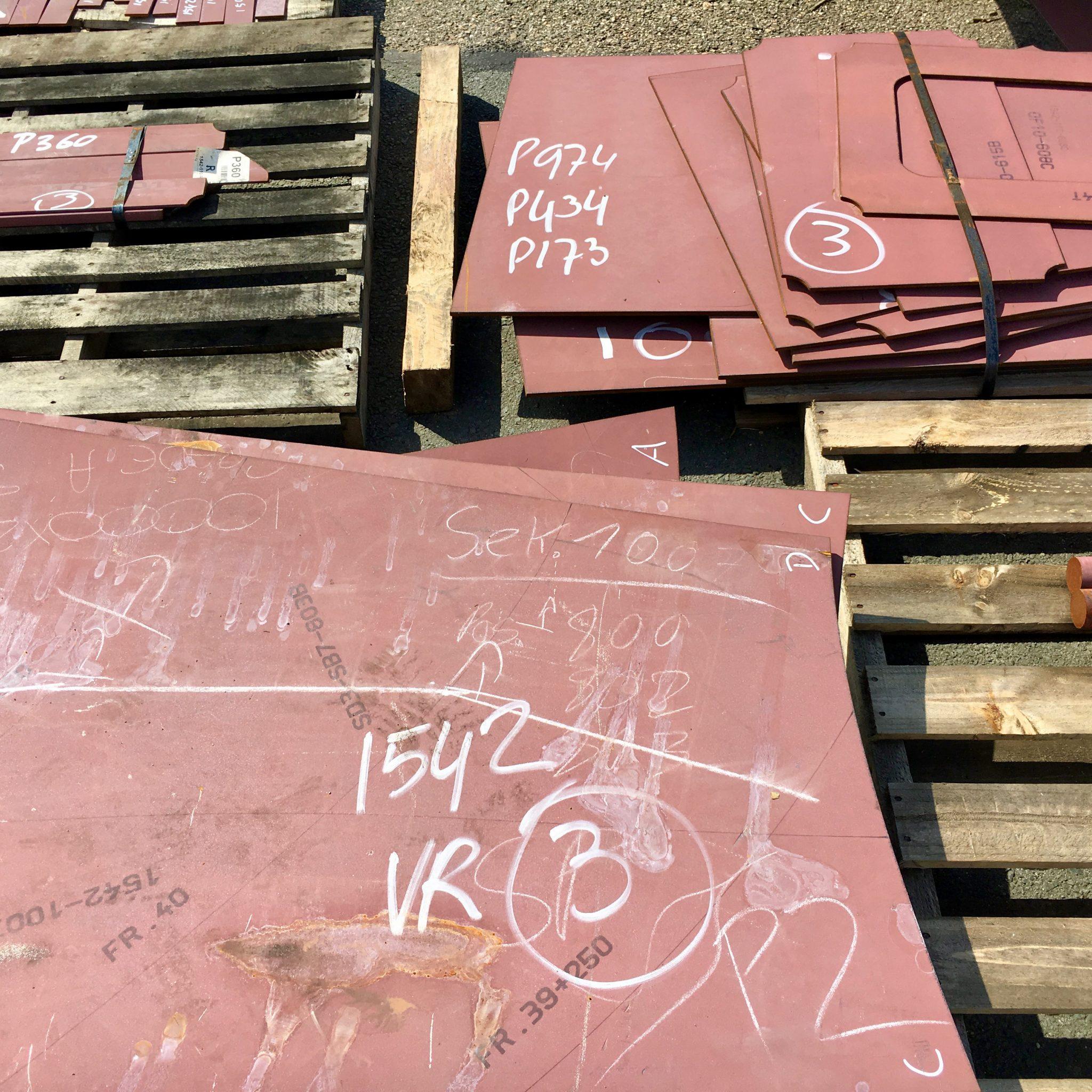 Centraalstaal levert gesneden en gebogen staalpakketten aan de Noordelijke scheepsbouwindustrie. (Foto Loek Mulder)
