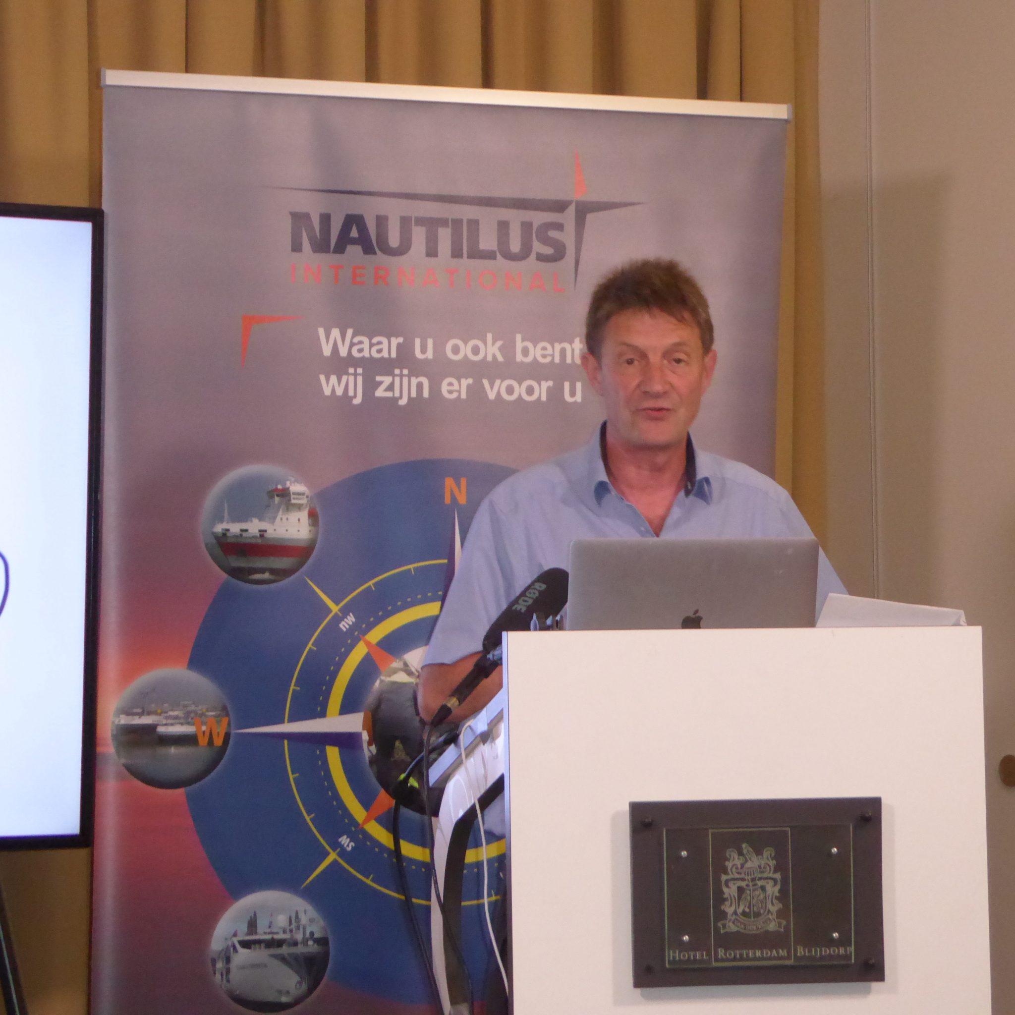 Marcel van den Broek tijdens het symposium van Nautilus. (Foto Nautilus)