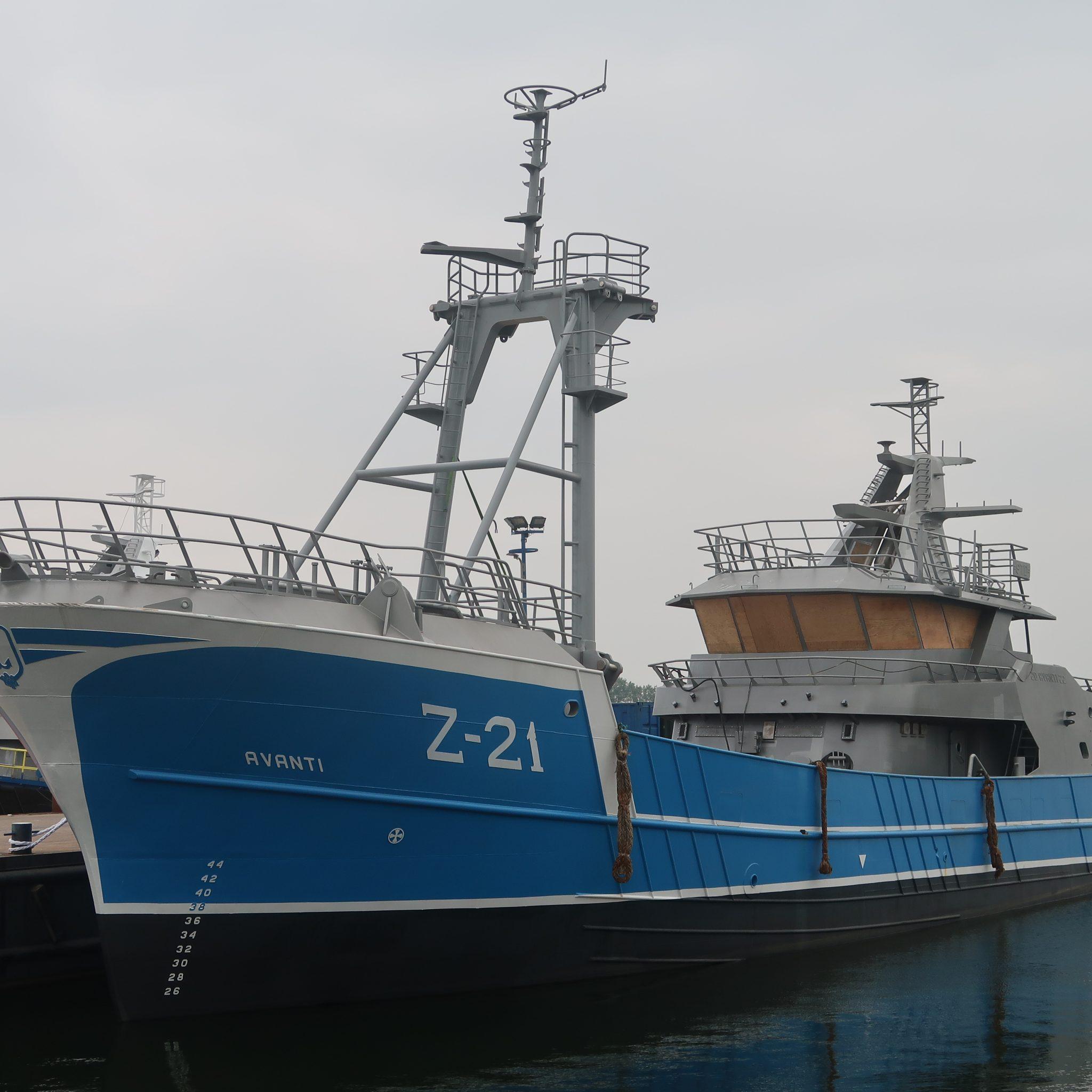De Z-21 moet begin volgend jaar visklaar in haar thuishaven liggen. (Foto W.M. den Heijer)