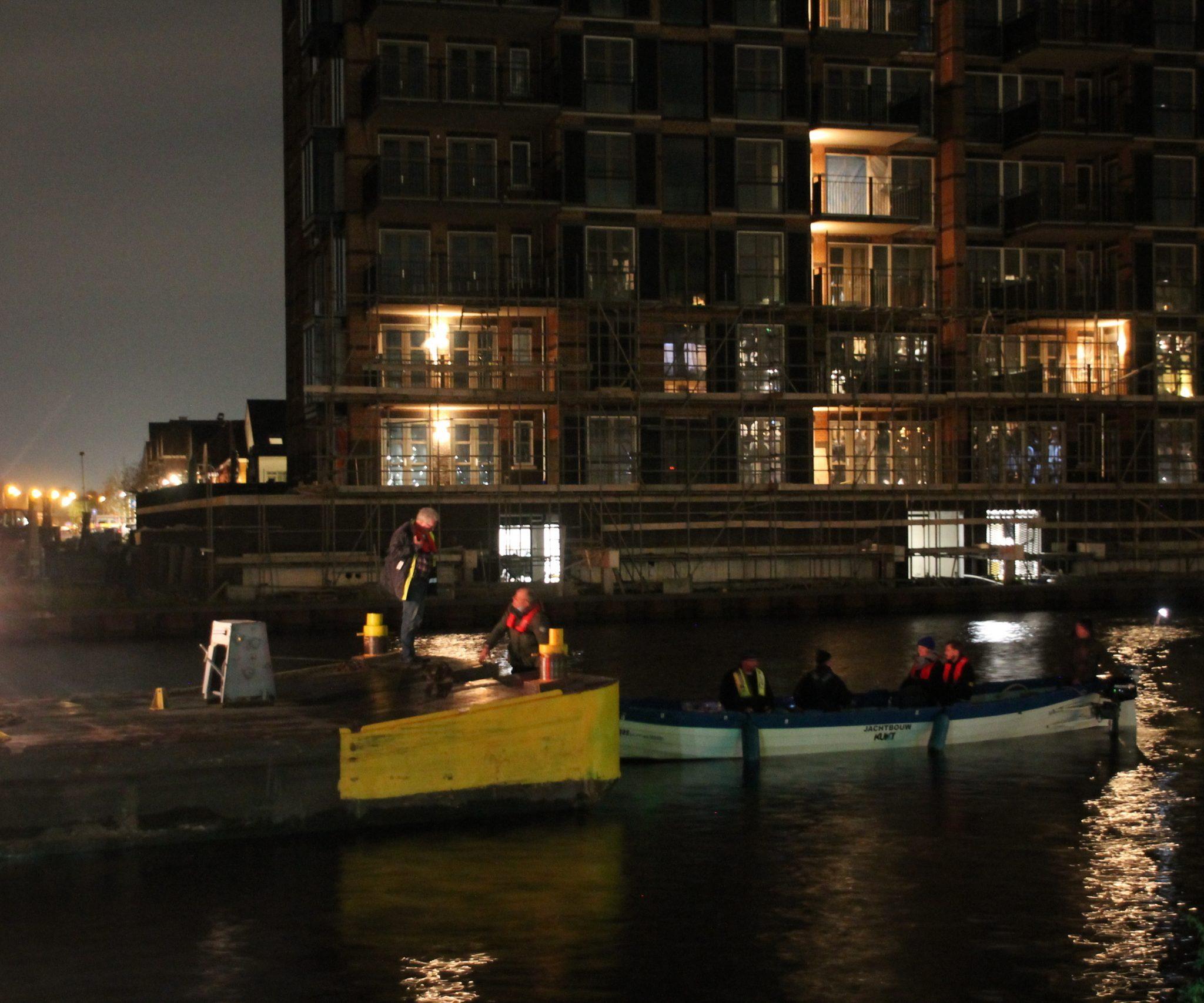 De schippers van een vrachtschip en een roeisloep worden niet vervolgd voor een dodelijke aanvaring op de Rijn bij Valkenburg in Zuid-Holland.