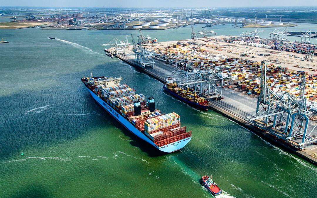 Het aantal containers in Rotterdam daalde in 2020 met ruim 3 procent ten opzichte van een jaar eerder. (Foto Port of Rotterdam)