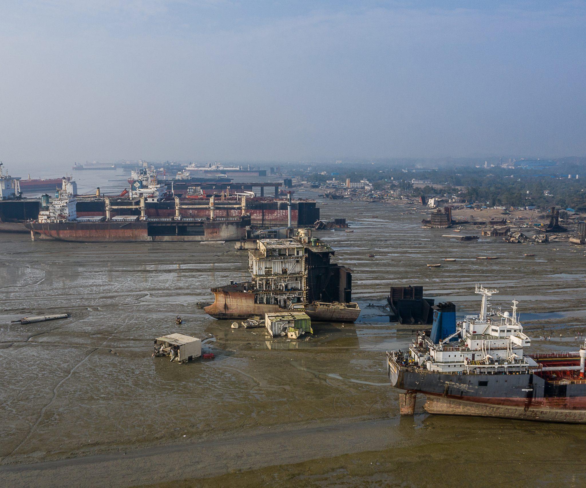 Ter illustratie. Een sloopstrand in Chattogram, Bangladesh. (Foto Shipbreaking Platform)