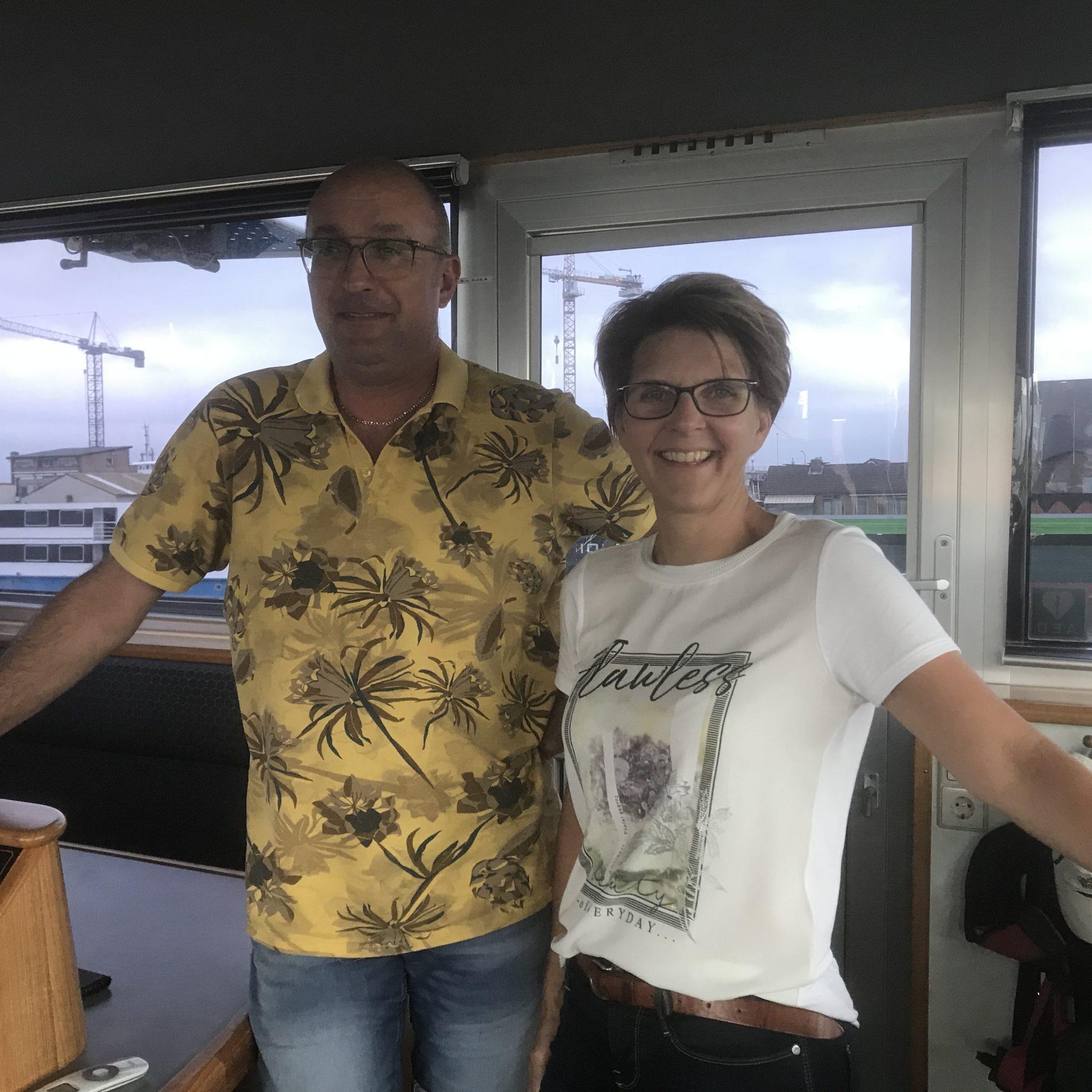 Ronnie en Patricia Rutjes hebben met de Calando vast werk voor zeven dagen in de week, 14 uur per dag. Dat bevalt goed. (Foto Hannie Visser-Kieboom)