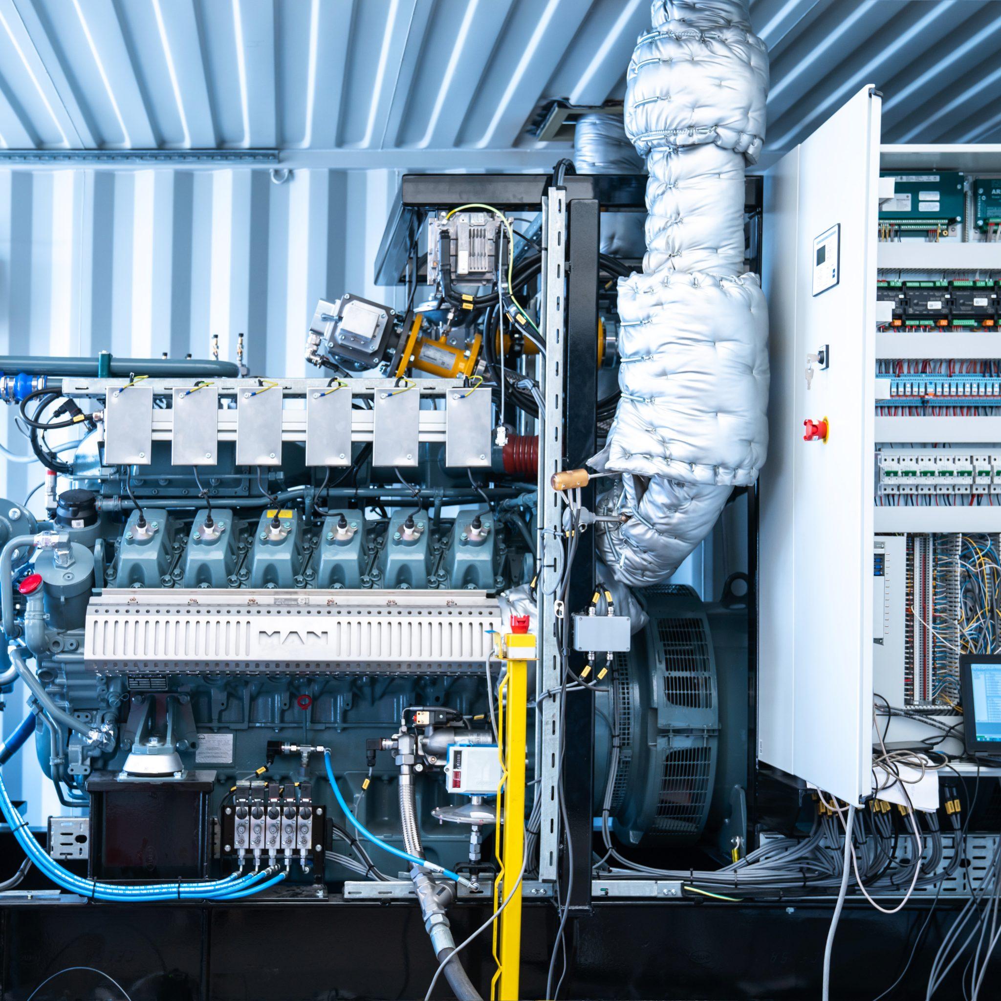 De eerste Stage V-generatorsets voor de 40 LNG-tankers zijn geleverd. (Foto MAN Rollo)