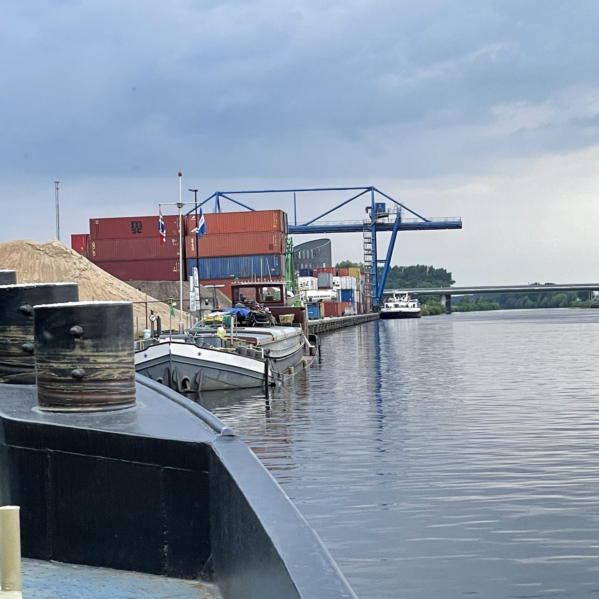 De Semper Spera ligt bij Veghel op de Zuid-Willemsvaart sinds dinsdagavond 27 juli. (Foto AS Media)