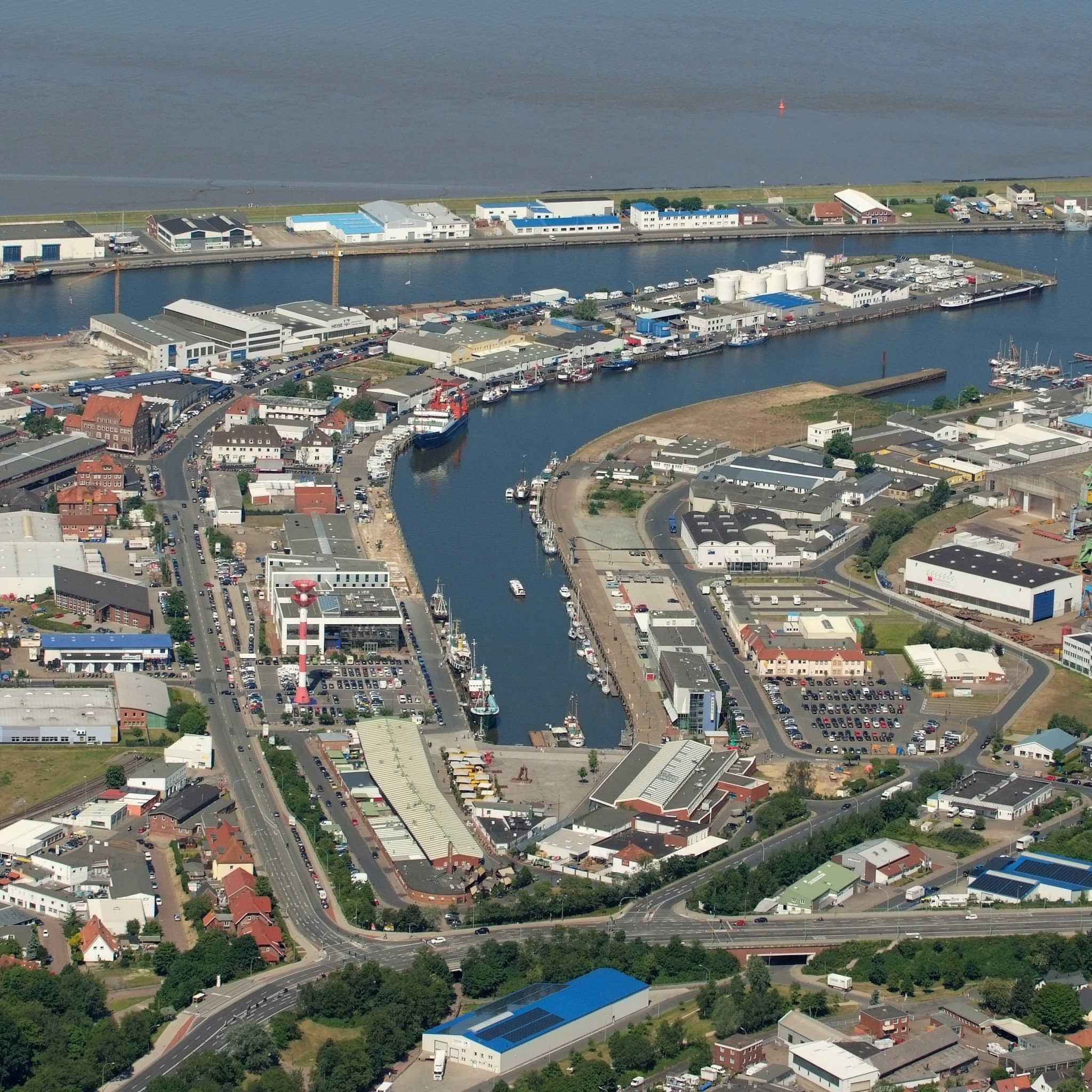 BOO2135 Fischereihaven Bremerhaven (Foto Wikimedia Commons/Martina Nolte)