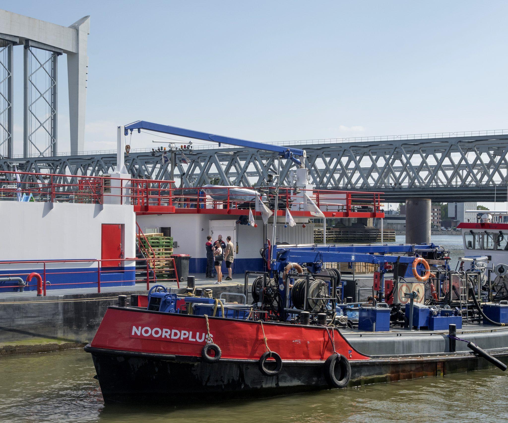 'Van accijns op brandstof wordt de binnenvaart niet groener', zegt BLN-Schuttevaer. (Foto Ries van Wendel-de Joode)