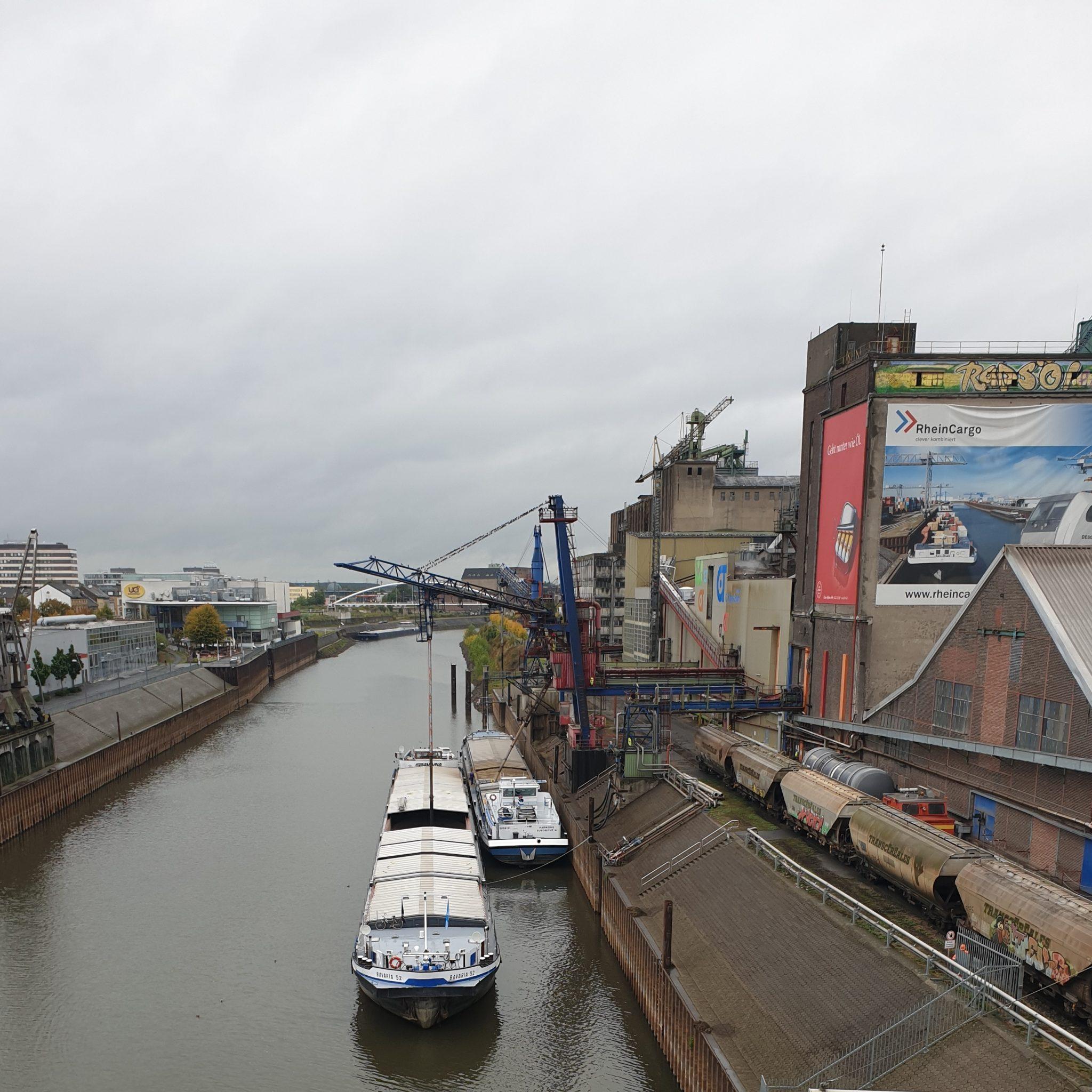 Jaarlijks gaan er ongeveer 200 miljoen ton aan goederen over de Duitse waterwegen. (Foto BDB)