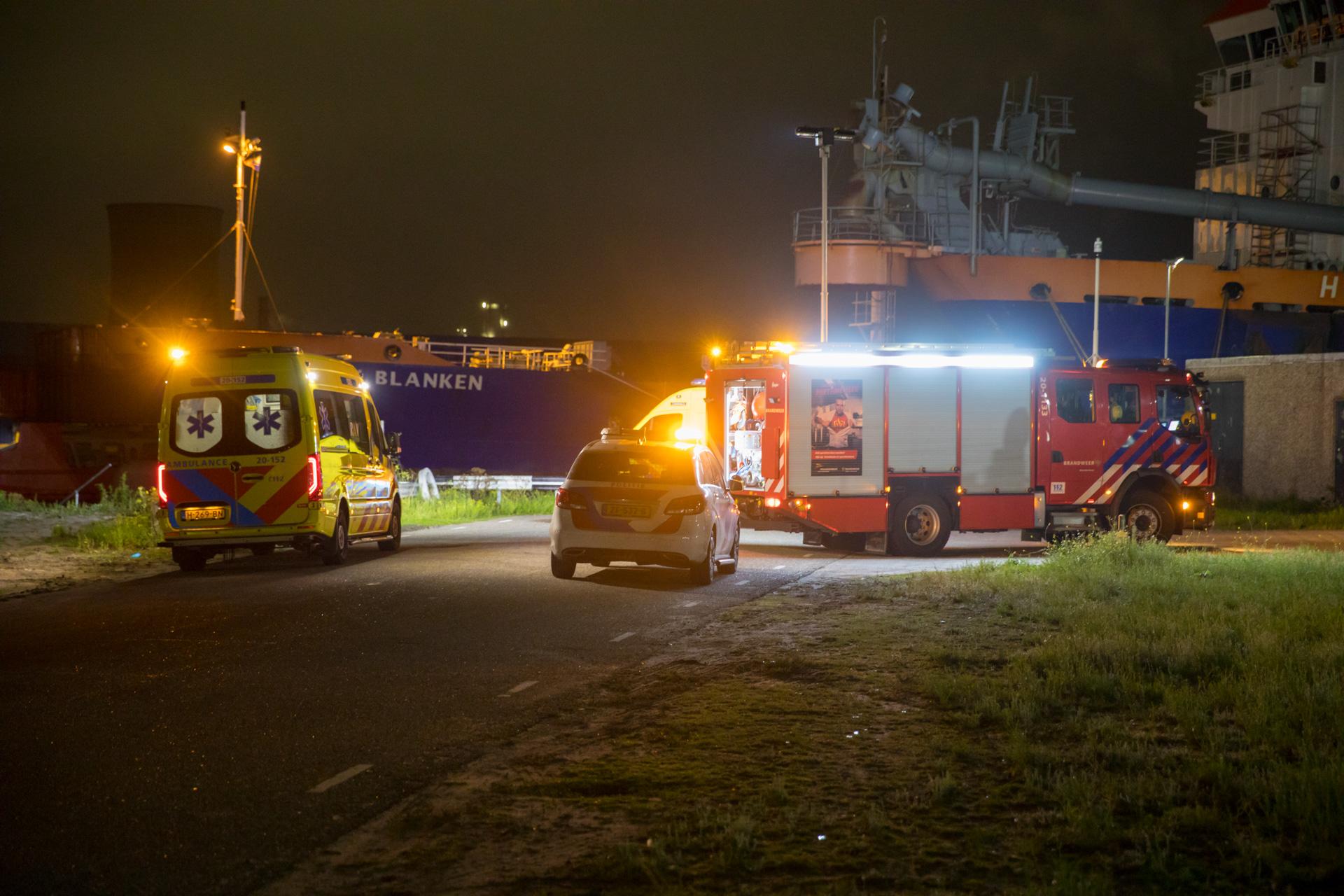 Rotterdammer omgekomen bij ongeval op schip in de haven van Moerdijk. (Foto Christian Traets)