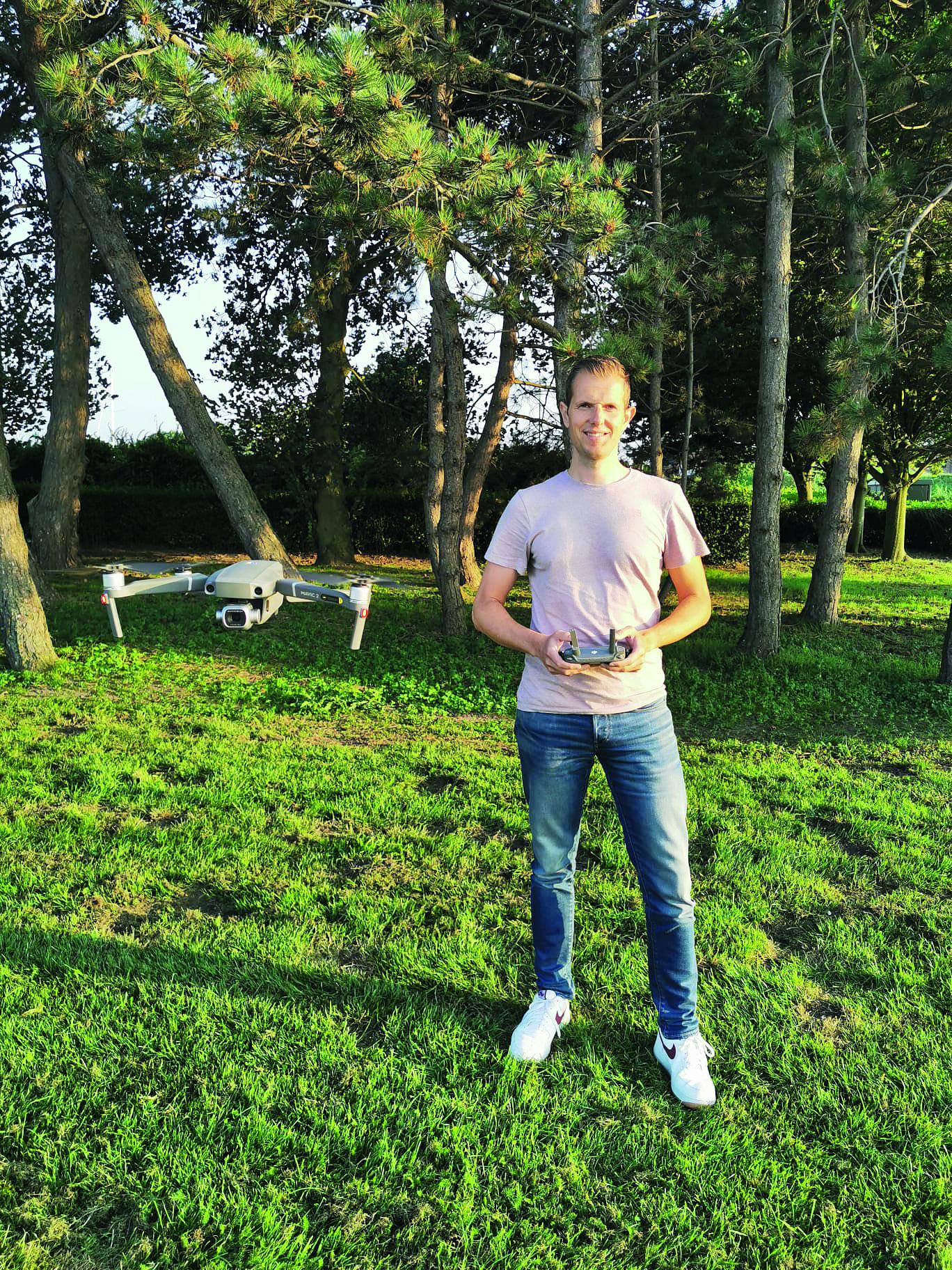 Mark van der Wal: 'Per week ben ik gemiddeld drie uur aan het oefenen. Foto's DronebyMark