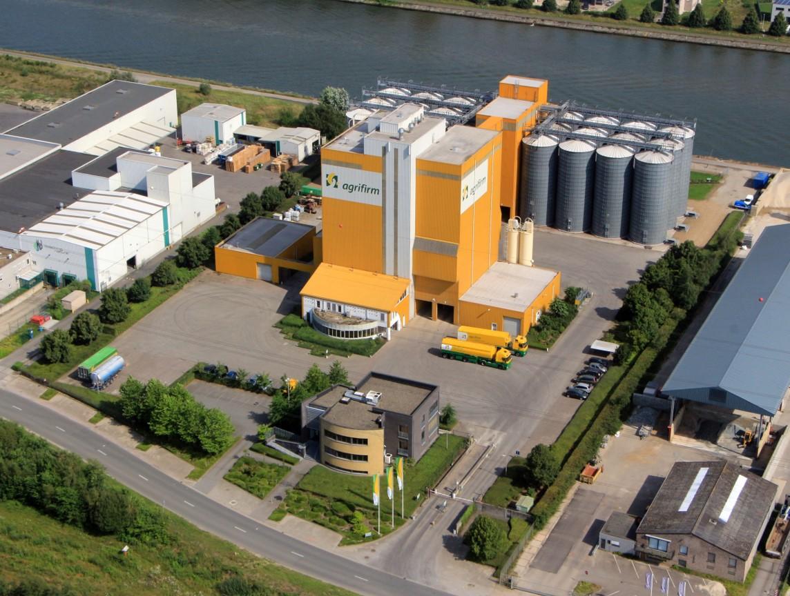 Agrifirm België gaat gebruik maken van de binnenvaart voor export containers. (Foto Agrifirm)