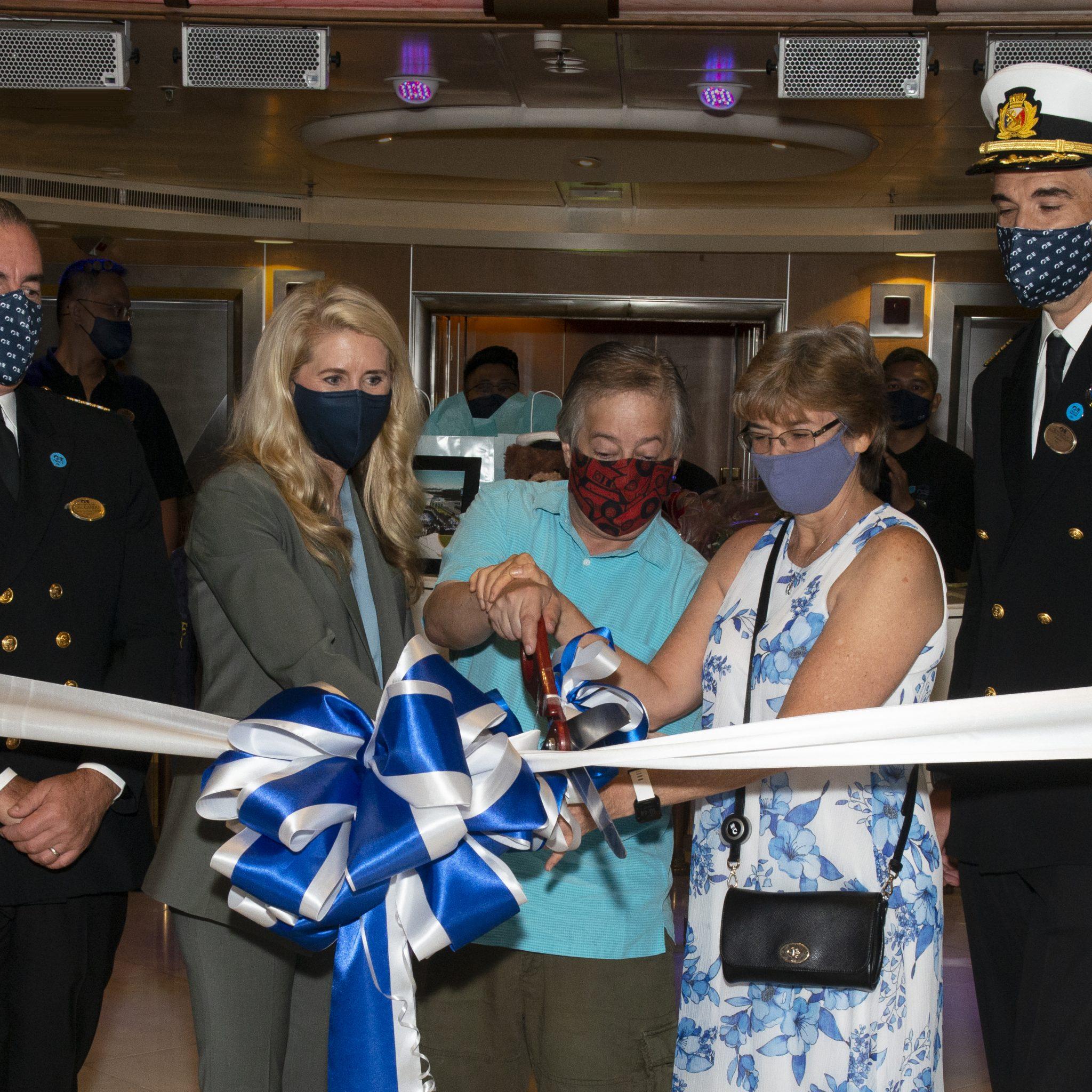 Op 25 september vertrok de Grand Princess van Princess Cruises als eerste na de Coronacrisis vanuit de haven van Los Angeles voor een vijfdaagse reis naar Mexico. (Foto Carnival Cruises)