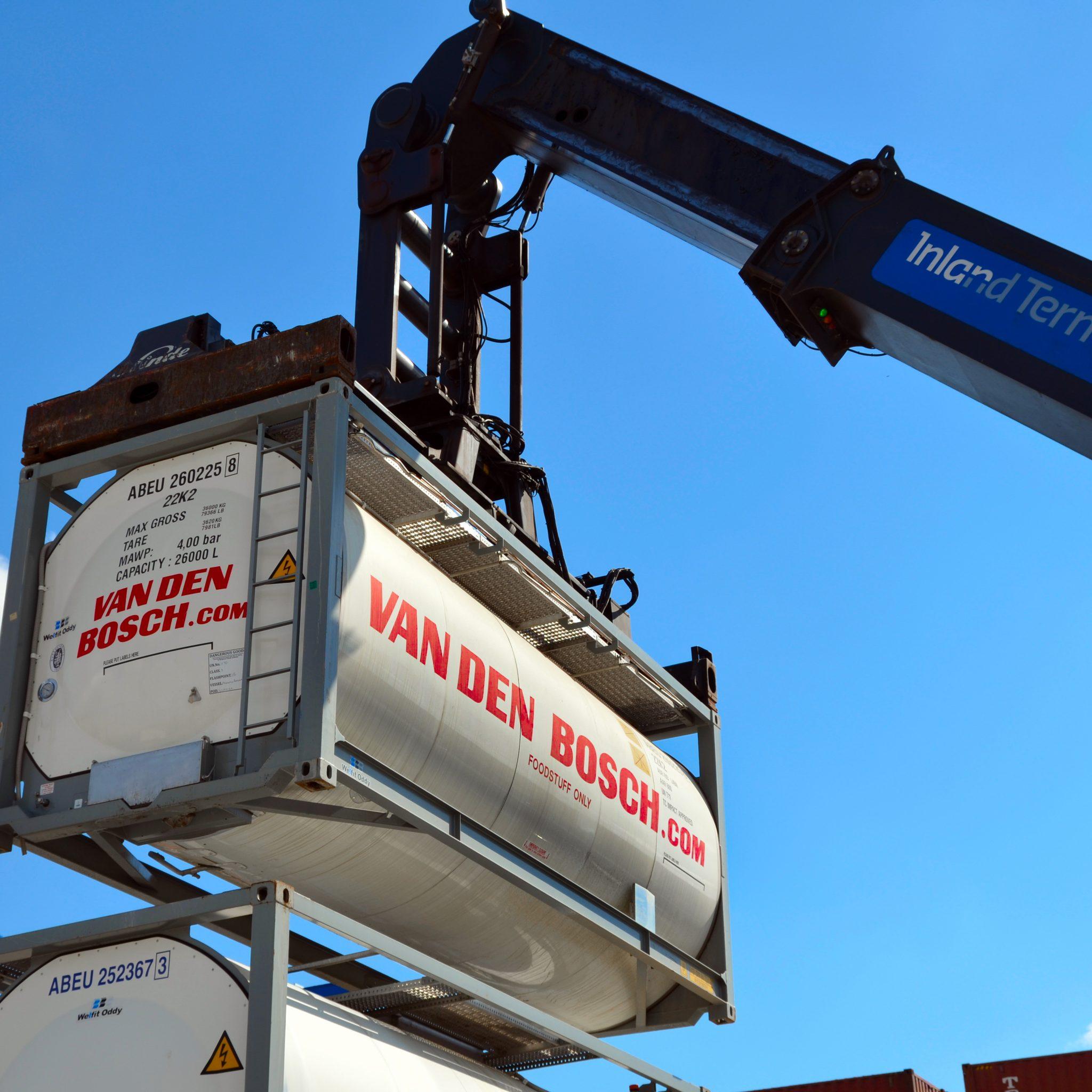 Containers van Van den Bosch. (Foto Van Den Bosch)