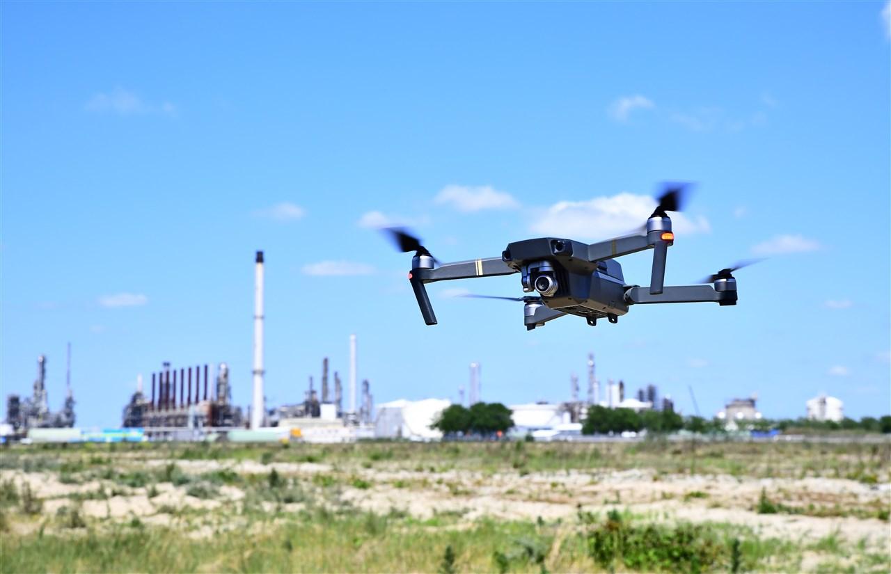 De drones moeten de algehele veiligheid verhogen. (Foto Havenbedrijf Moerdijk)
