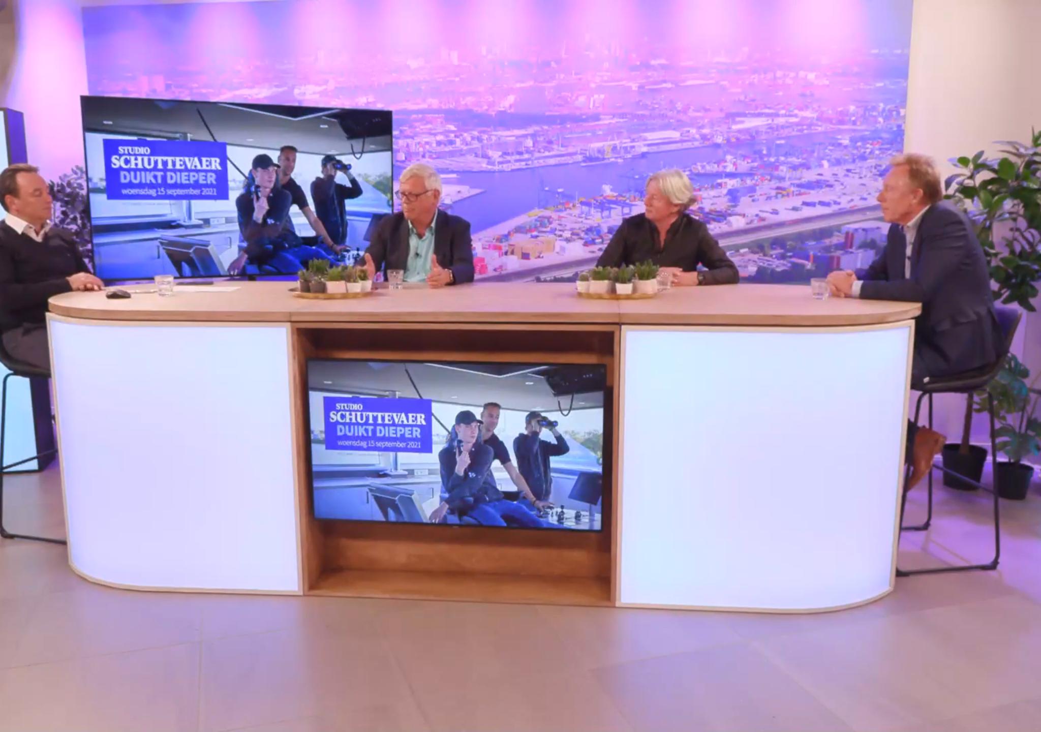 v.l.n.r.: René Quist, Frans van Weert, Ingrid Blom en Arjen Mintjes. (Beeld uit uitzending)