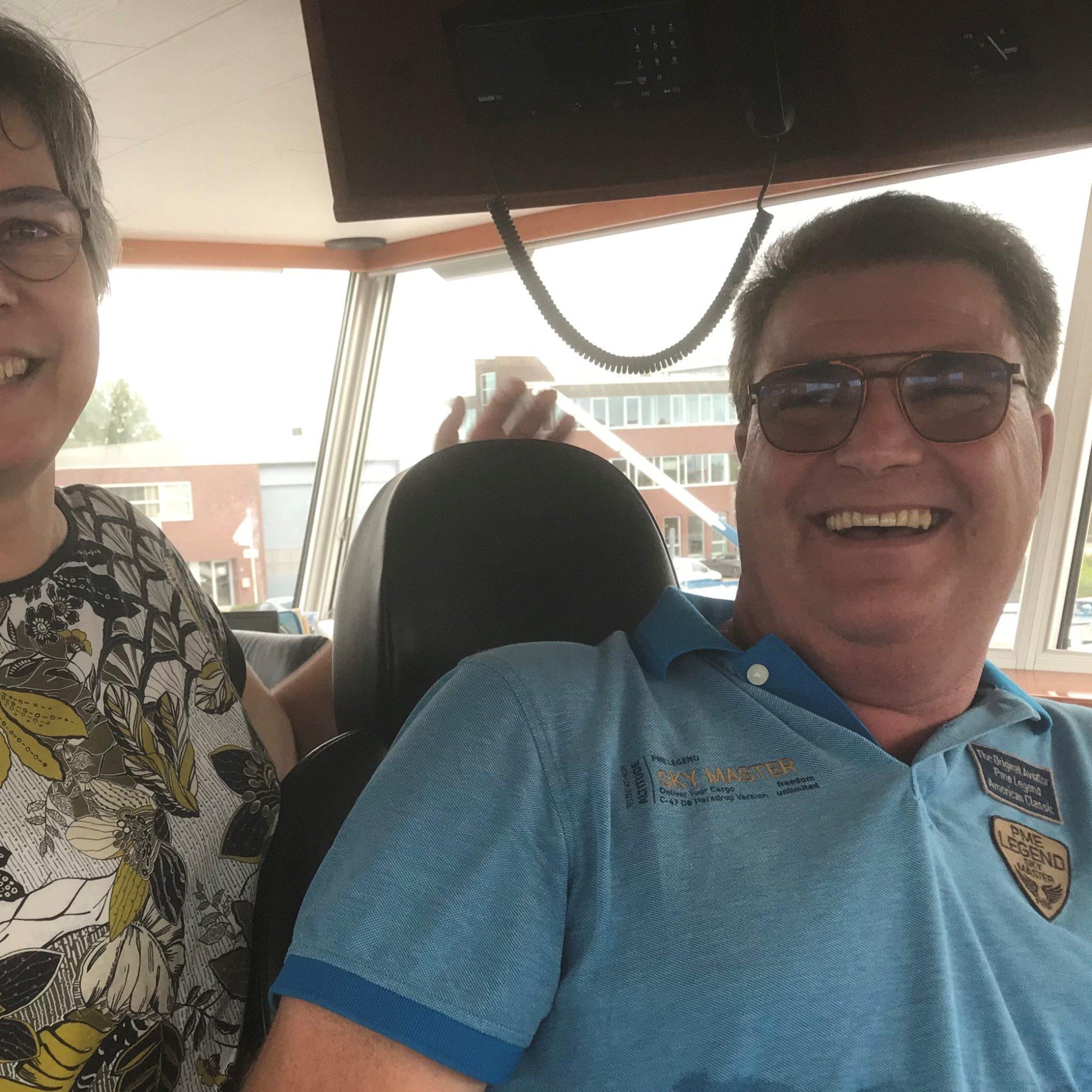 Marleen Goudriaan: 'Ach, elk beroep heeft zo zijn nadelen. Ik wil toch blijven varen met Dirk-Jan.' (Foto Hannie Visser-Kieboom)