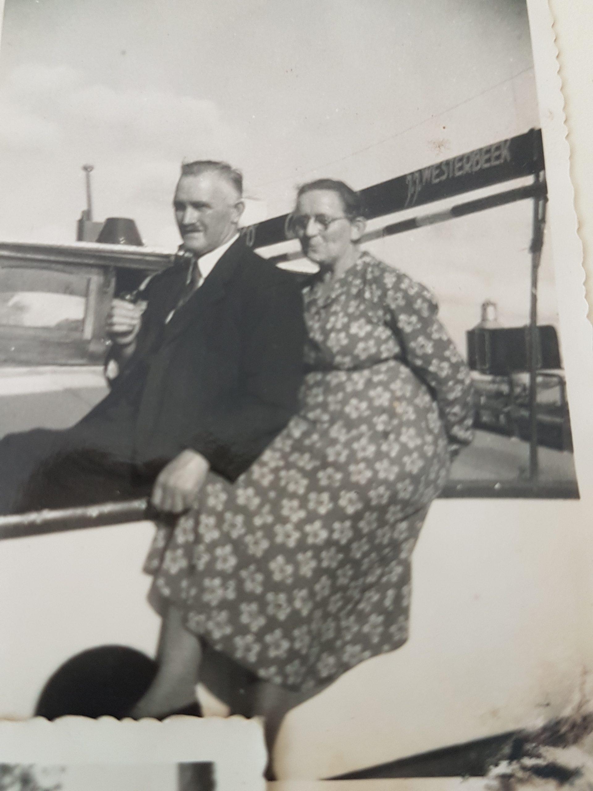 Opa Jan Jacob Westerbeek en Johanna Feenstra. (Foto Jan Westerbeek)