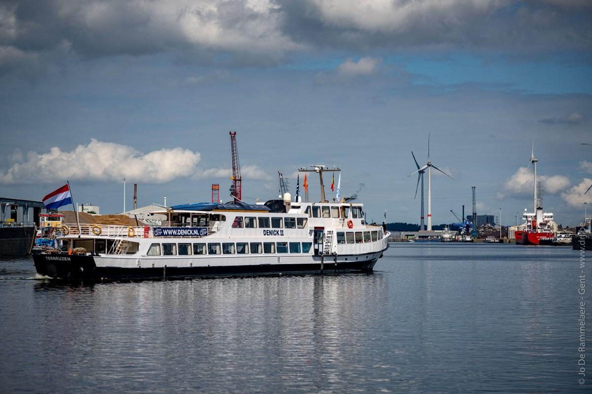 De rondvaarten worden verzorgd door Denick 2. (Foto North Sea Port)
