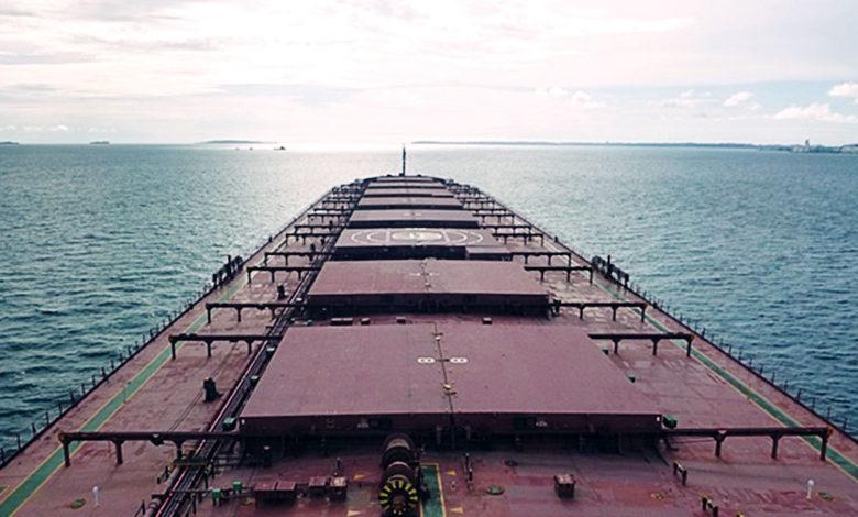 Star Bulk laat een van zijn schepen aanpassen op containervervoer. (Foto Star Bulk)